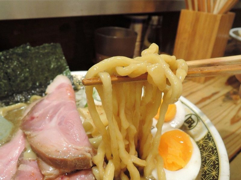 The noodles are handmade medium-thick ones by Nagi