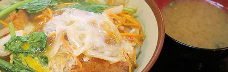 Okinawa's popular 24-hour diner: Highway Shokudo