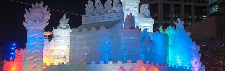 There are three sites to enjoy the Sapporo Snow Festival: Odori site, Tsudome site, and Susukino site.The concepts for the festival are different at each site, making for triple the fun! Admission is free!