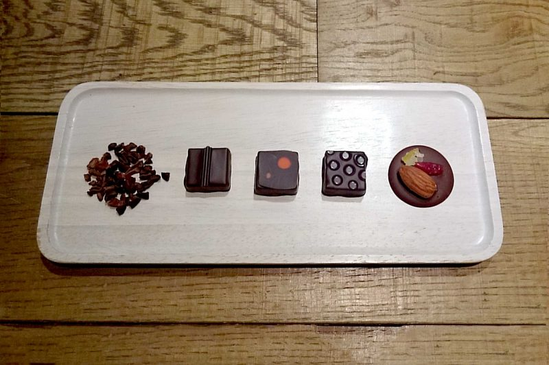 Discover the world of bonbons chocolat 1000日圆
