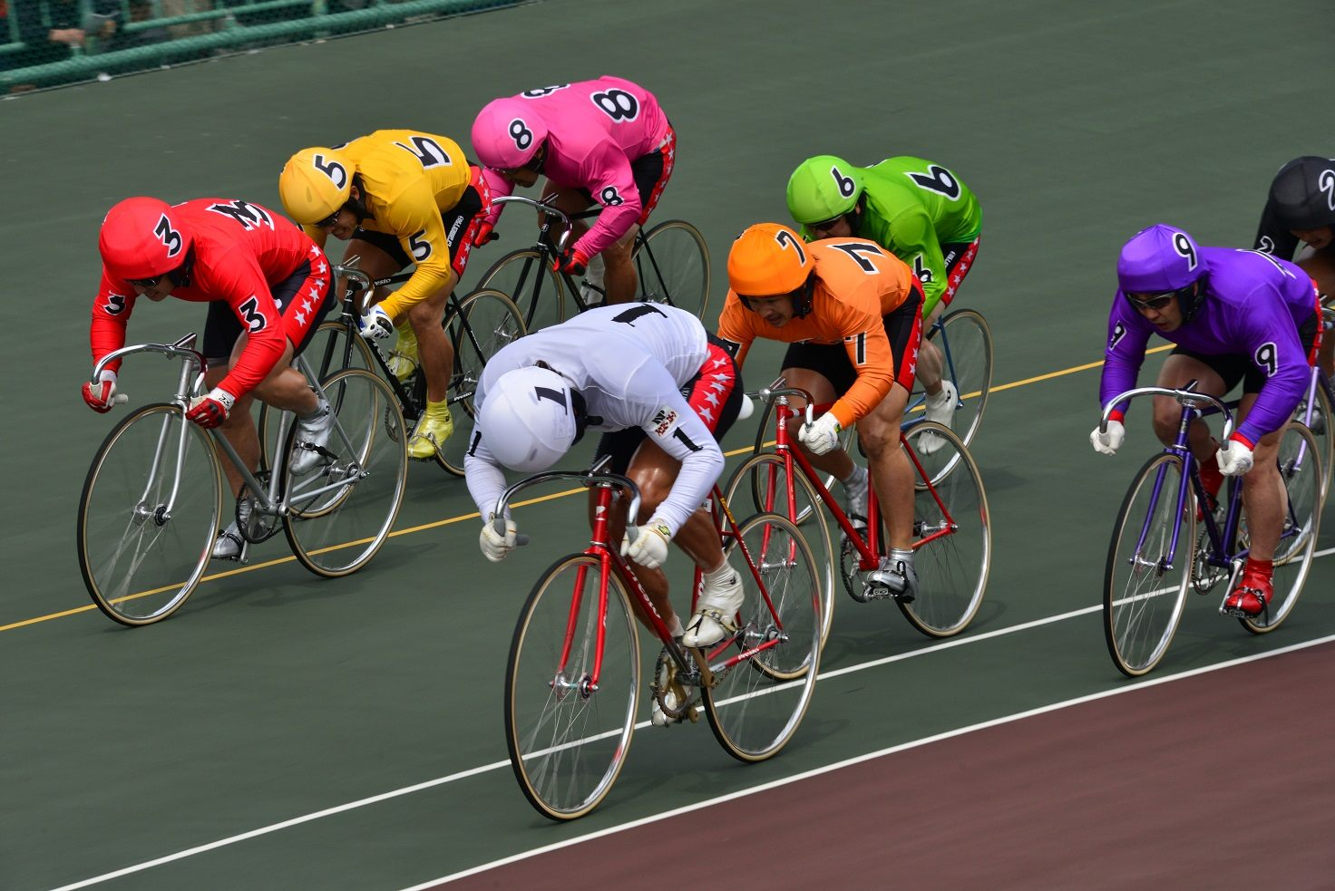 It's thrilling to watch bicycle races where speeds top 70 km per hour!
