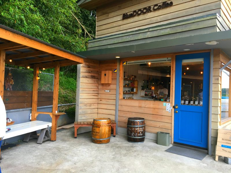 鄉間咖啡店 BlueDoor Coffee
