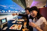 "TCK, somewhere you can enjoy events and delicious food while watching horse races, is a popular spot known as ""Tokyo's Nighttime Playground""!"