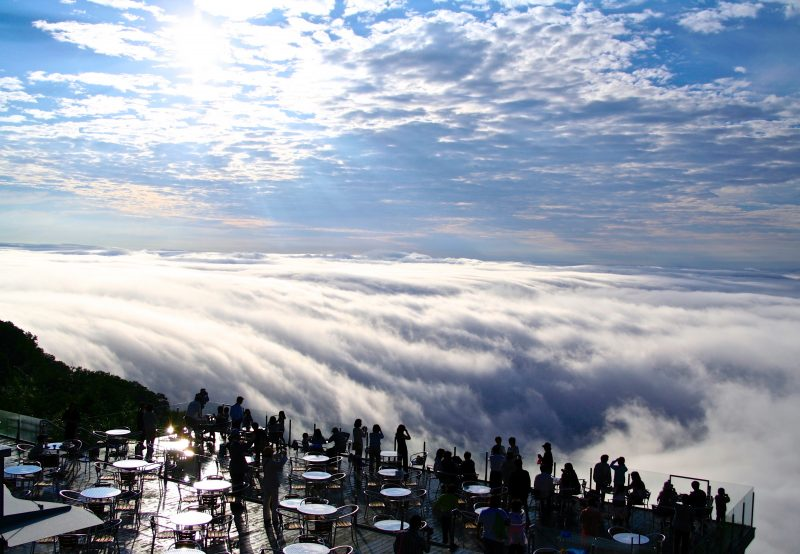 Sea of Clouds Terrace (Open until October 15th in 2018)