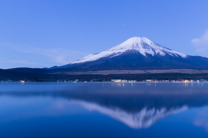 There are lots of sightseeing locations around Mt. Fuji other than just the shiba-sakura!