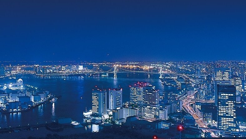 Enjoy a beautiful night view of Tokyo